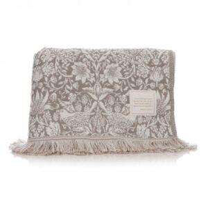 William Morris Blanket - Strawberry Thief design